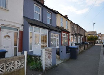 Thumbnail 5 bed flat to rent in Queensway, Enfield