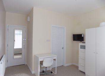 Thumbnail Terraced house to rent in Ashburnham Road, Luton
