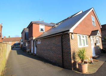 Thumbnail 3 bed flat to rent in Petworth Road, Witley, Godalming