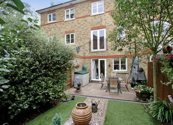 Thumbnail 4 bed property to rent in Horton Crescent, Epsom