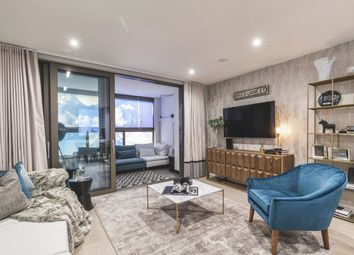 Thumbnail 3 bedroom flat for sale in Commercial Street, London