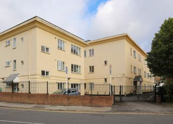 Thumbnail 1 bed flat to rent in Leeland Terrace, West Ealing