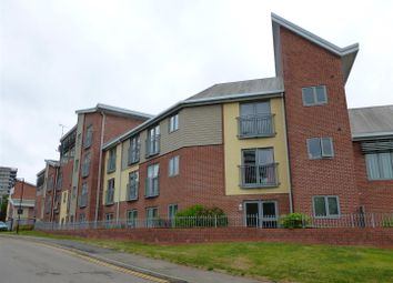 Thumbnail 3 bed flat to rent in Drapers Fields, Coventry