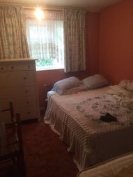 Thumbnail Room to rent in Tangmere Way, London