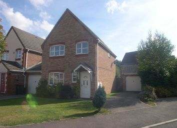 Thumbnail 3 bed detached house to rent in Wantage Close, Maidenbower, Crawley
