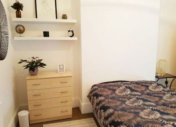 Thumbnail Room to rent in Burnt Ash Road, London