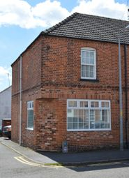 Thumbnail 2 bed cottage to rent in Westgate, Sleaford