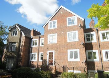Thumbnail 2 bed flat to rent in Upton Park, Slough