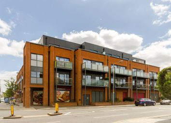 Thumbnail 1 bed flat to rent in Red Lion Road, Surbiton