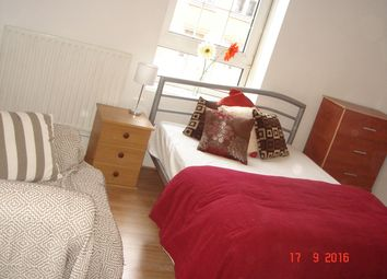 Room to rent in Brune Street, London E1