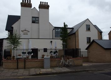 Thumbnail 1 bed flat to rent in Beechwood House, Malta Road, Cambridge