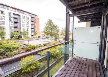Thumbnail 4 bed flat to rent in Boardwalk Place, London