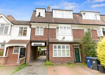 Thumbnail 1 bed flat for sale in Radbourne Avenue, London