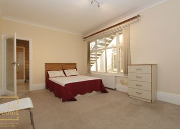 Thumbnail Room to rent in Wykeham Court, Wykeham Road, Hendon Central