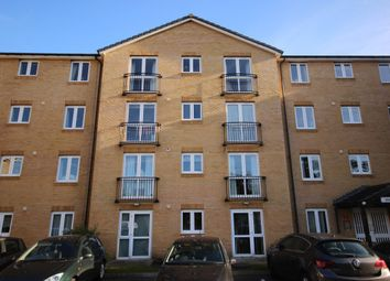 Thumbnail 2 bed flat to rent in Brocket Road, Hoddesdon