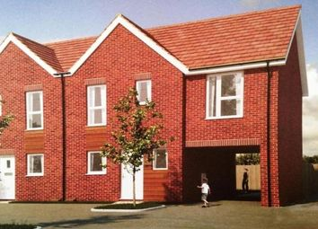 Thumbnail 3 bedroom property to rent in Bowling Green Close, Bletchley, Milton Keynes
