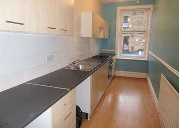 2 bed flat to rent in Town Street, Farsley, Pudsey LS28