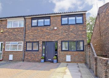 Standale Grove, Ruislip HA4. 3 bed end terrace house