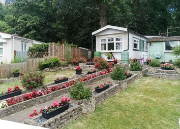 Thumbnail 2 bed mobile/park home for sale in Pebble Hill, Radley, Abingdon