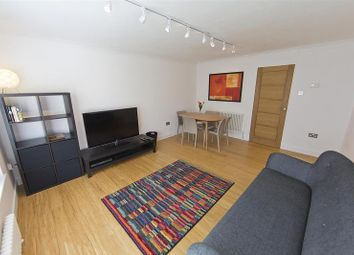 Thumbnail 2 bed flat to rent in Weston Park West, Bath