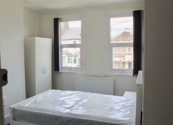 Thumbnail Room to rent in House Share, Griffin Road