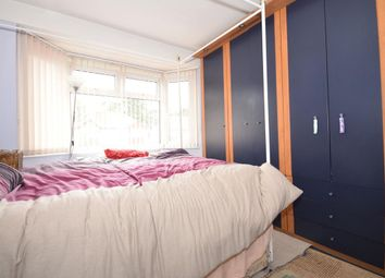 Thumbnail Room to rent in Hillcross Avenue, Morden