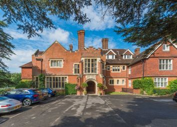 Framewood Road, Fulmer, Buckinghamshire SL2. 2 bed flat for sale