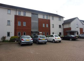 Thumbnail 2 bedroom flat for sale in Hartswood Close, Bushey