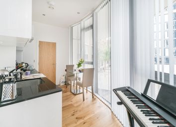 Thumbnail Studio to rent in Seager Place, London