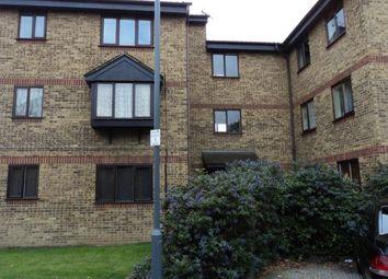Thumbnail Studio to rent in Blacksmiths Close, Chadwell Heath, Romford