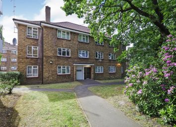 2 bed flat for sale in New Road, London SE2