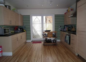 Thumbnail 6 bed terraced house to rent in Pickets Street, Balham