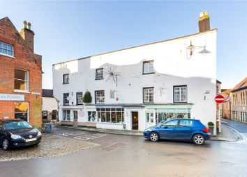 Golden Square, Petworth, West Sussex GU28. 2 bed property