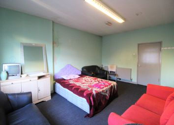 Thumbnail 1 bed flat to rent in Union Street, Oldham
