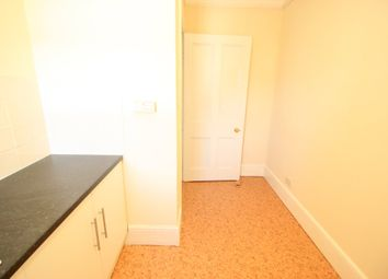 2 bed flat to rent in Howell Road, Exeter EX4