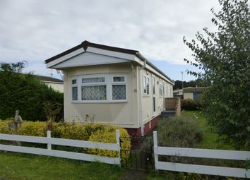 Thumbnail 2 bed mobile/park home for sale in Fifth Avenue, Parklands Mobile Homes, Scunthorpe