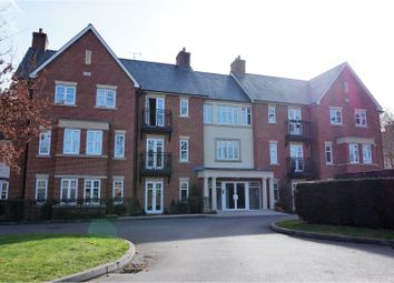 Thumbnail 2 bed flat for sale in 190 Sycamore Road, Farnborough