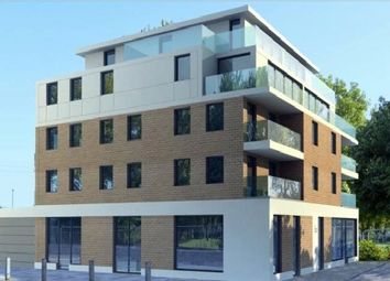 Thumbnail 4 bed flat to rent in Rule Street, London