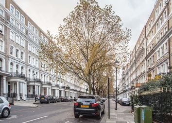 Thumbnail 2 bed flat to rent in Beaufort Gardens, Knightsbridge, London