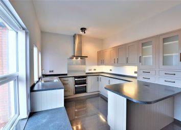 Thumbnail 2 bed flat to rent in Waterloo Road, Birkdale, Southport