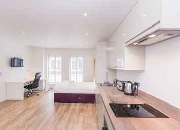 Thumbnail Studio to rent in Canute Road, Southampton