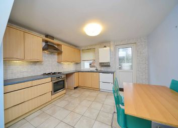 Thumbnail 3 bed town house to rent in Saltwell Street, London