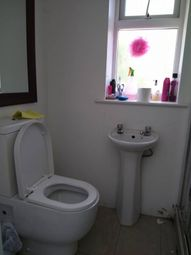 Thumbnail Room to rent in Canada Way, White City