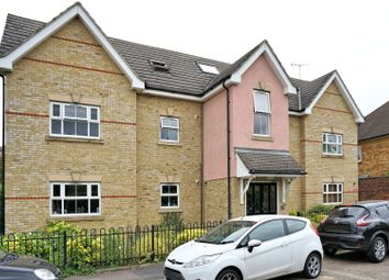 Thumbnail 2 bed flat for sale in Crown Street, Egham