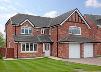 Thumbnail 5 bed property to rent in Plover Close, Macclesfield