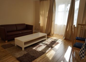 Thumbnail 2 bed flat to rent in Leabridge Road, Leytonstone