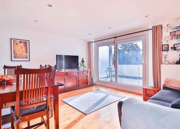 Thumbnail 2 bed flat for sale in Bloomsbury Close, London