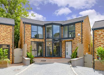 3 bed detached house for sale in Kensington Place, Muswell Hill, London N10