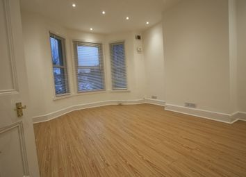 2 bed maisonette to rent in Brighton Rd, Croydon CR2