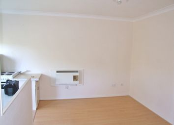 Thumbnail 1 bed flat to rent in Carlton Court, Southampton